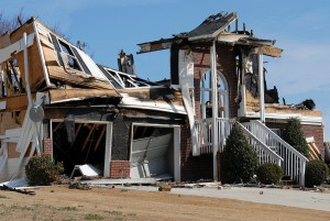 How Dry Ice Blasting is an Effective Method for Fire-Damaged Structures